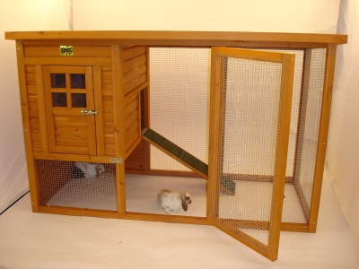 Indoor rabbit hutch pet warehouse for Cage lapin exterieur